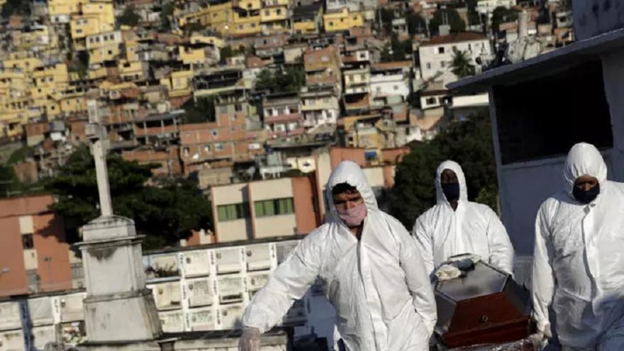 Hasta ayer se registraron en Brasil 25.935 muertes por el covid-19