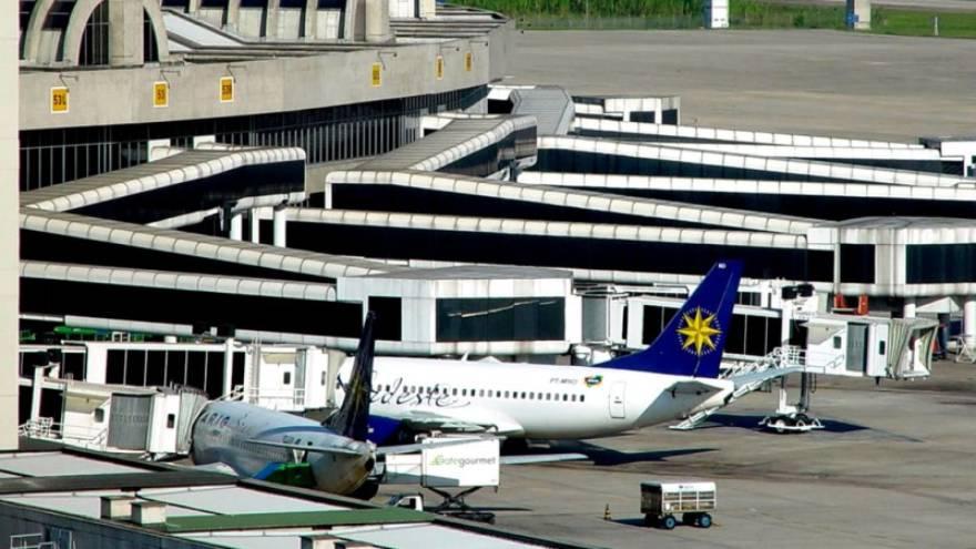 Los aeropuertos están abiertos en Brasil