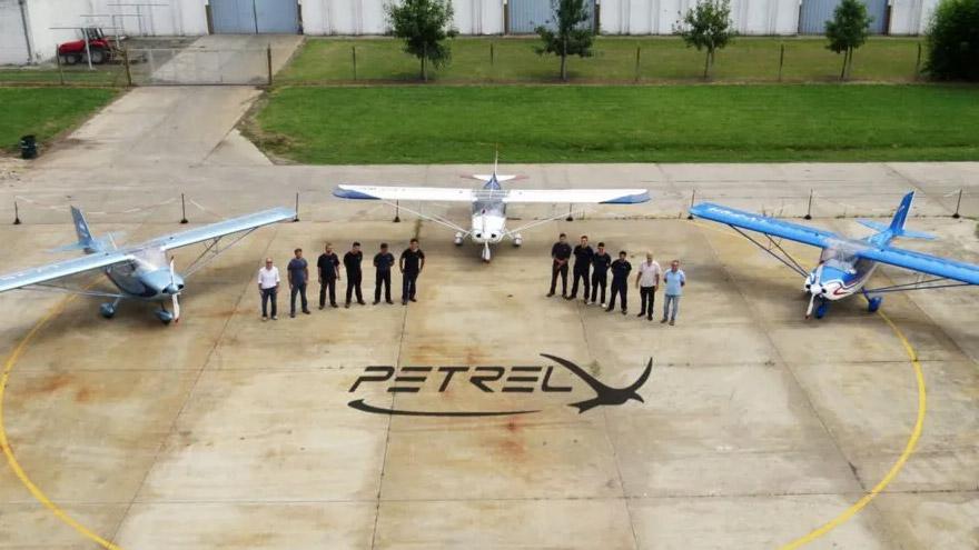 La trunca exportación de estos aviones ligeros originó la polémica.