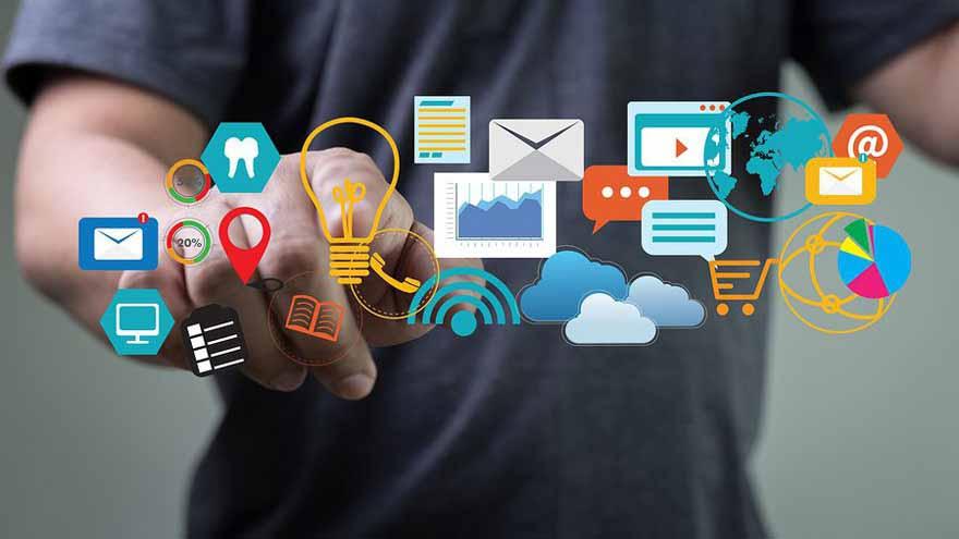 Ser especialista en marketing digital es una de las carreras con salida laboral de 2021.