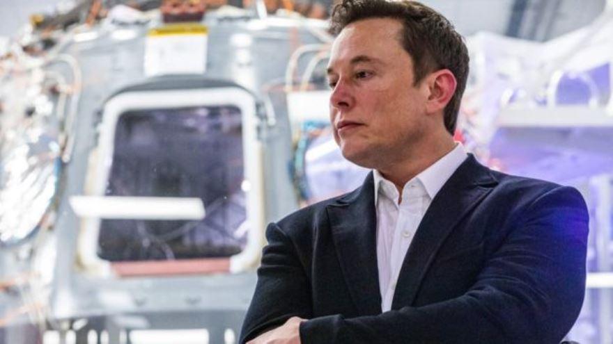 Elon Musk obtuvo más de u$s160 millones con la venta del servicio de pago online PayPal a eBay