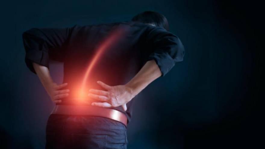 Los dolores de espalda son un problema muy común en relación a la salud en el trabajo