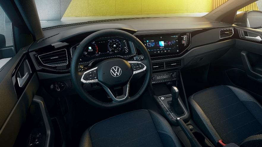 El interior del VW Nivus, bien tecnológico.