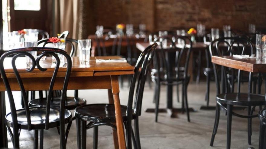 Los restaurantes porteños permanecen cerrados desde el 20 de marzo
