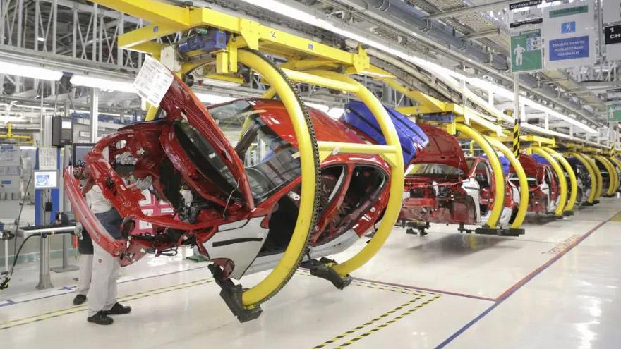 Las automotrices, entre las empresas que sentirán el aumento de tarifas.