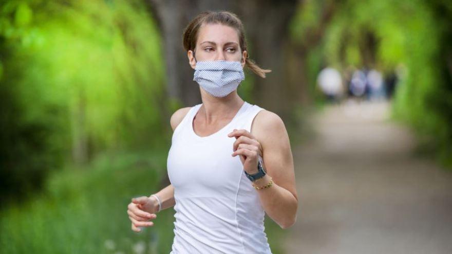 Para los runners, la prohibición de correr viola su libertad.