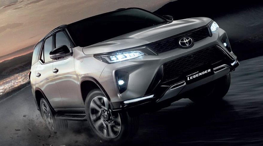 Toyota SW4, también se viene con cambios.