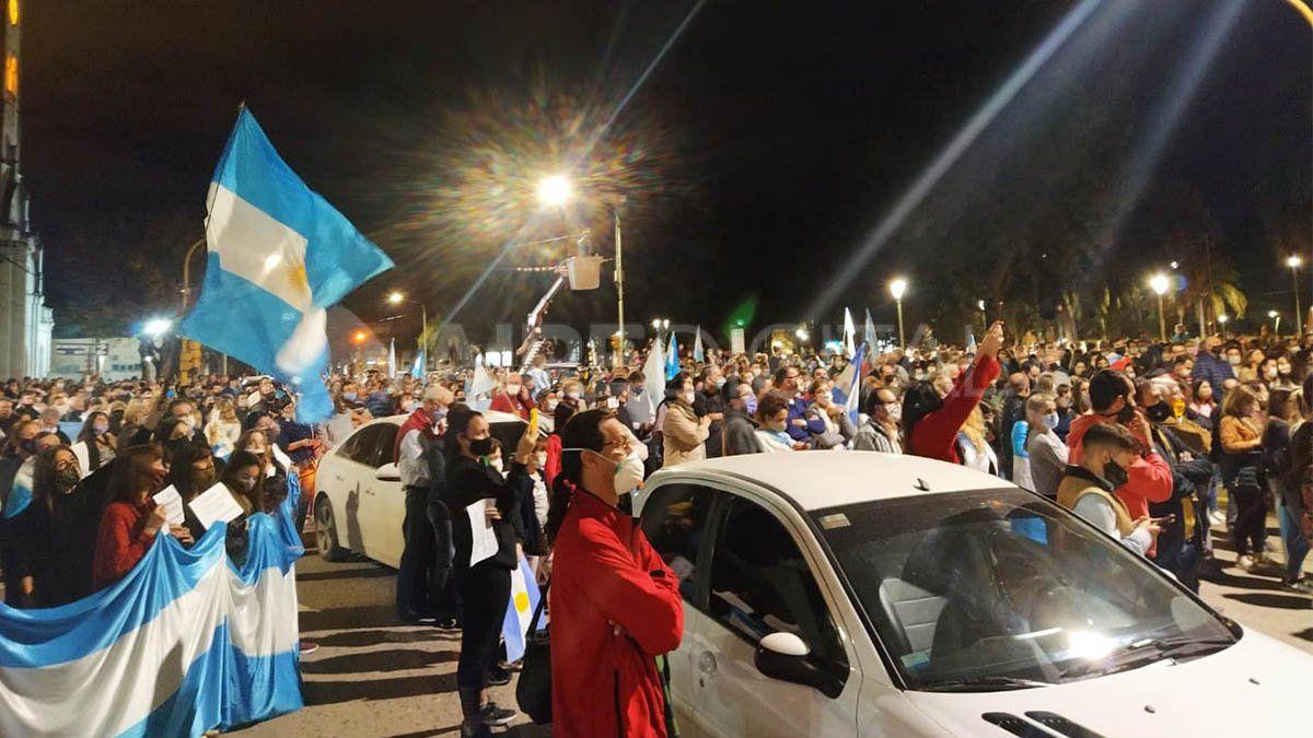 Las protestas en Santa Fe fueron un factor fundamental para que el Gobierno flexibilizara su postura inicial