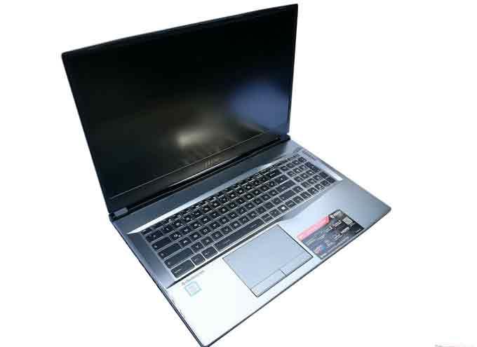 Esta laptop de MSI supera el mdio millón de pesos.