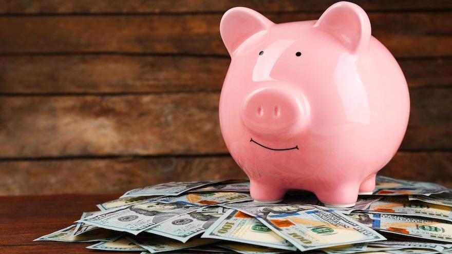 La compra de dólares por parte de los ahorristas se está aproximando al nivel de u$s1.000 millones mensual
