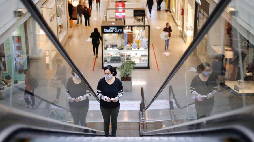 Los centros comerciales abrirán bajo estrictos protocolos