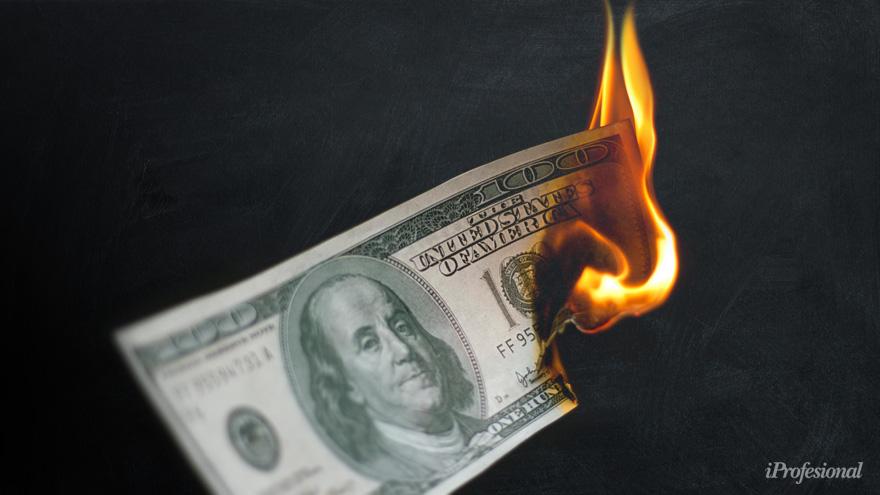 La compra de dólares online llevó a un colapso de las páginas web bancarias el lunes pasado