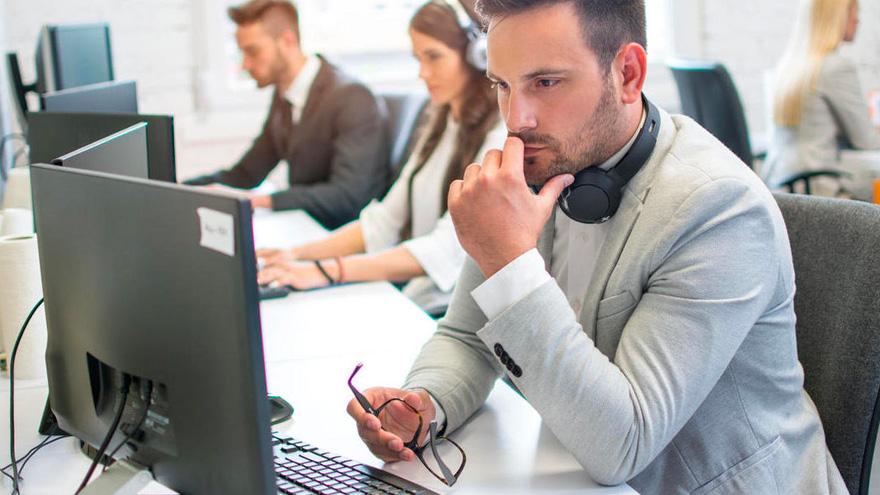 En el mundo se impone el modelo híbrido de trabajo en oficina y de manera remota