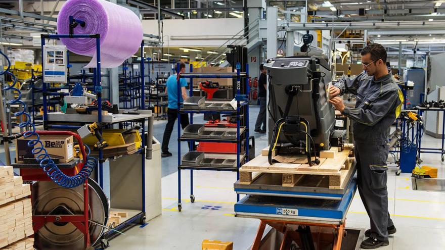 La industria textil local tendrá 150 días para adaptarse a las nuevas normas que exige el Gobierno