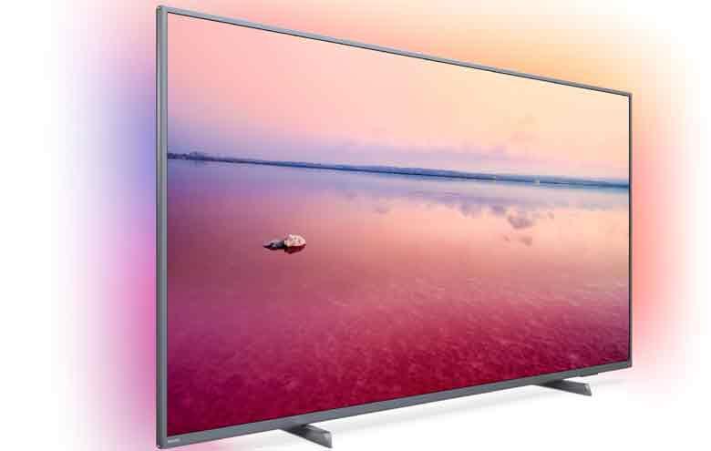 Philips se distingue con su exclusiva tecnología que enmarca el televisor con iluminación ambiental.