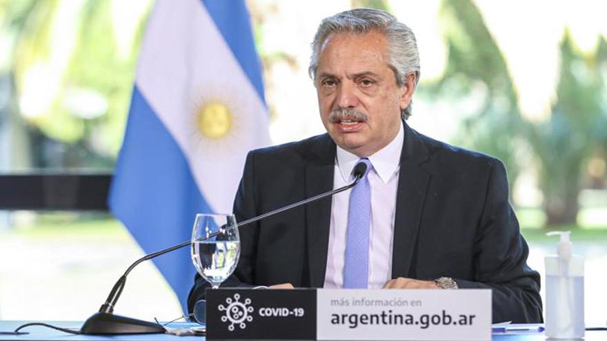 Fernández comunicó la prórroga del bono IFE a los gobernadores.