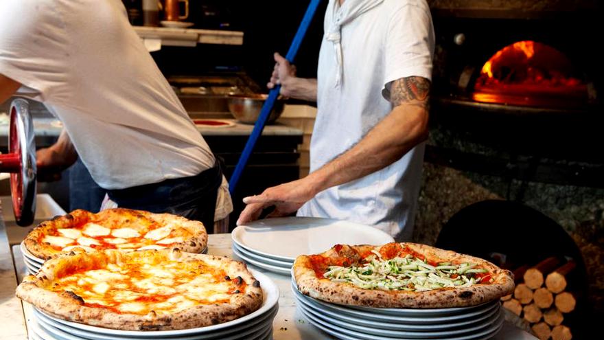 Al menos 150 pizzerías cerraron sus puertas desde que comenzó la pandemia.