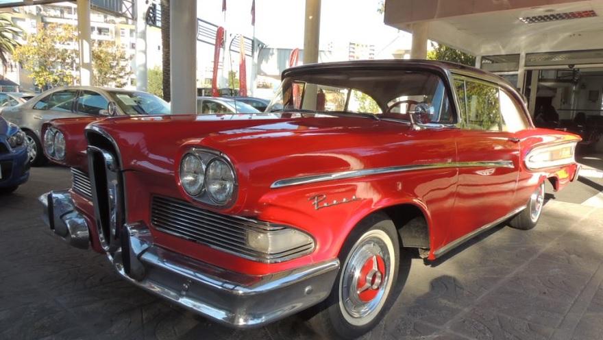 Ford Edsel, otro que nació condenado al fracaso.