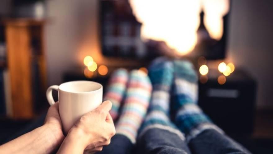 Ver películas en línea es un plan perfecto para un día de invierno