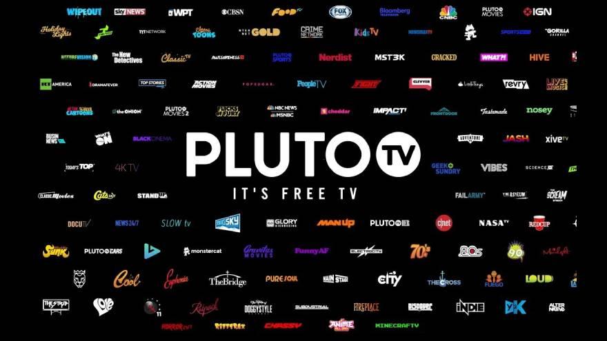 Pluto ofrece un catálogo de películas gratis.