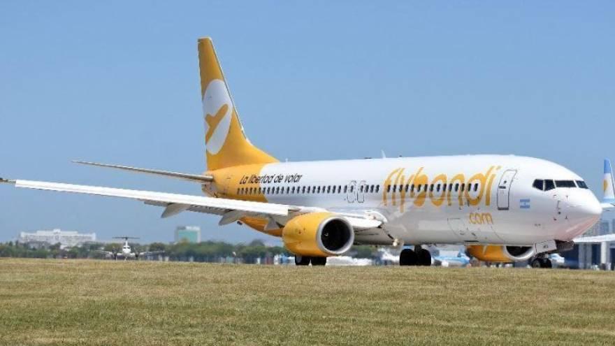 Flybondi inició rutas desde Rosario en marzo de 2019, con conexiones a Salta, Tucumán e Iguazú
