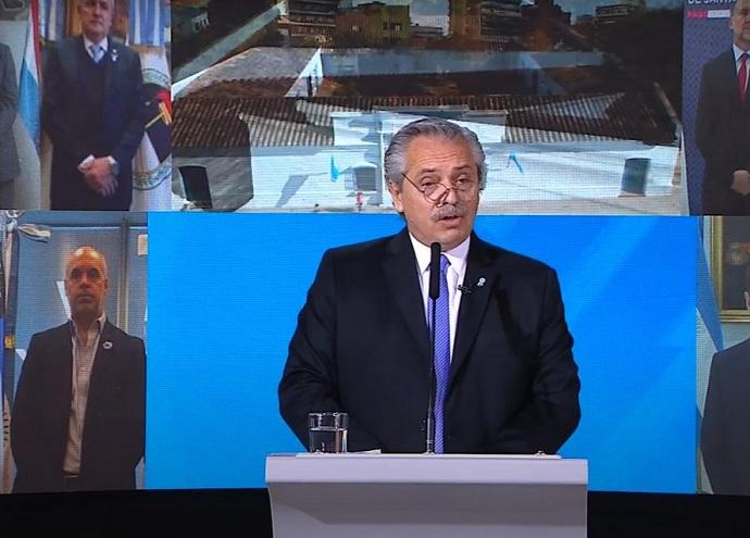 Alberto Fernández encabezó una ceremonia atípica por el Día de la Independencia