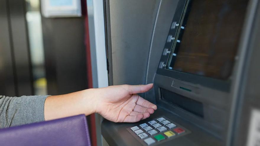La tercera cuota se cobrará solo por CBU, por lo que los beneficiarios deberán retirar el dinero en cajeros automáticos
