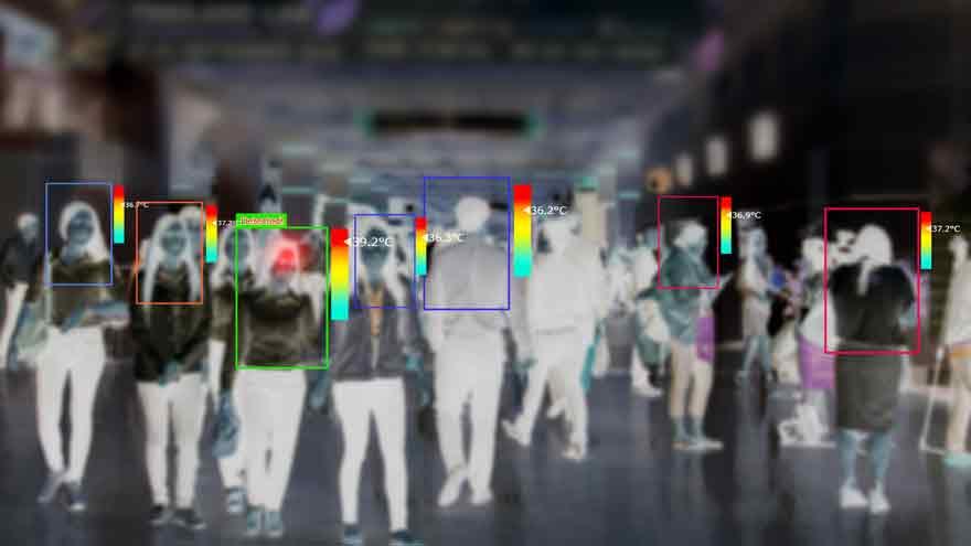 Las cámaras se usan para monitoreo de personas en movimiento.