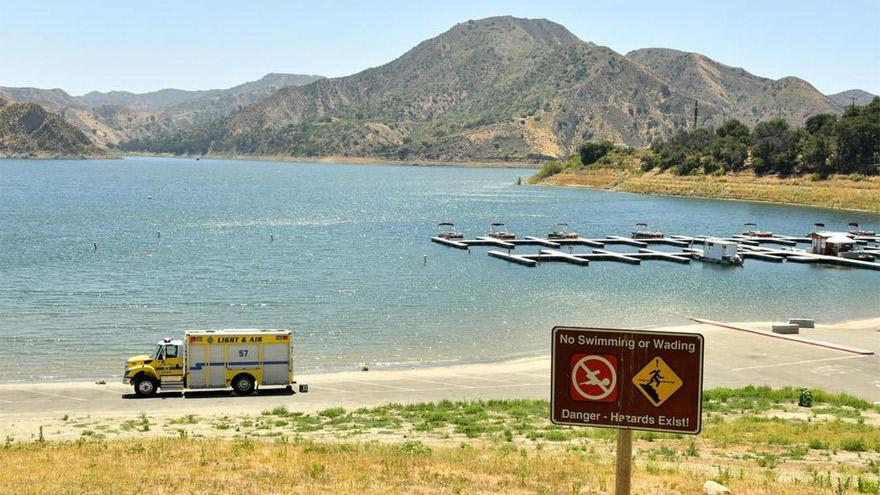 La búsqueda en el lago Piru tiene lugar desde el miércoles.