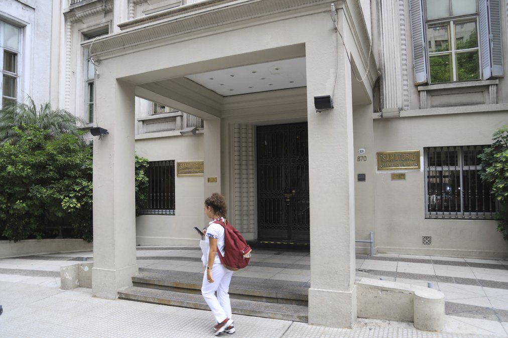 ¿Hospital o clínica privada?: dónde está internado Luis D'Elía