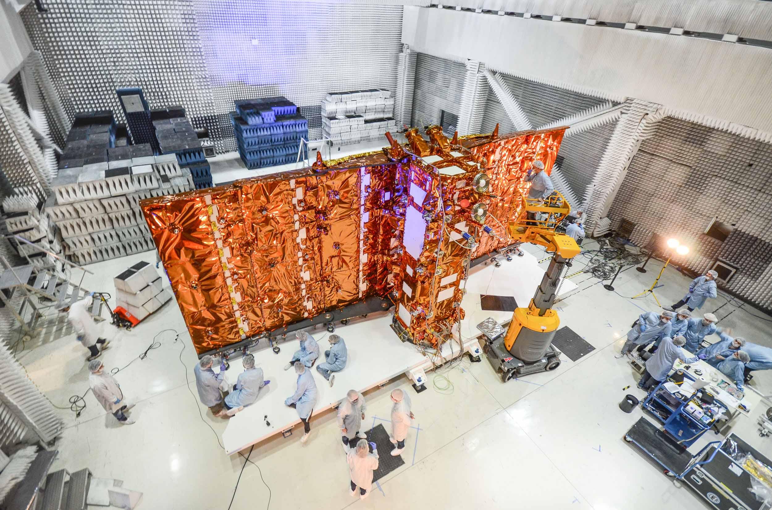 Las actividades espaciales y satelitales están incluidas en la promoción de la economía del conocimiento