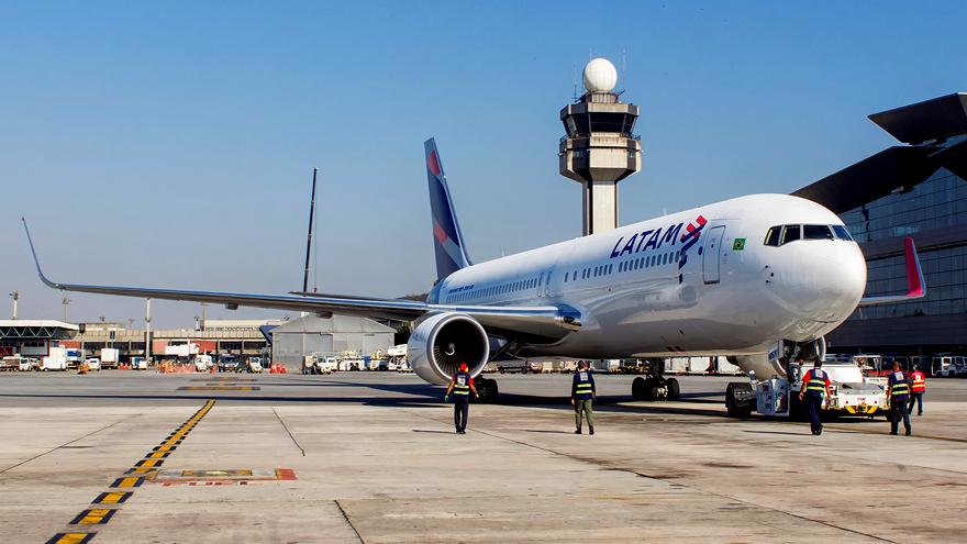 LATAM desactivó sus vuelos de cabotaje en junio de este año.