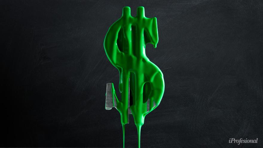 Tetaz remarca que el rojo fiscal es cada vez más grande, por lo que se reflejará en el precio del dólar