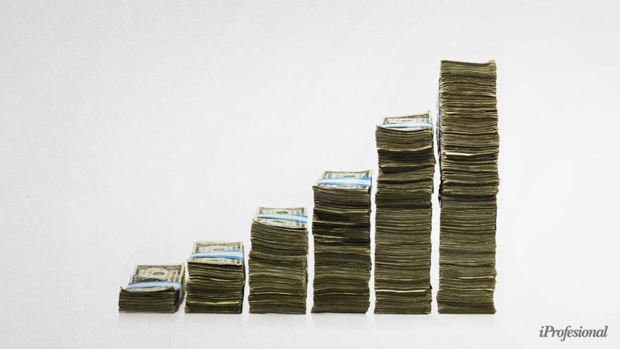 IDESA: cómo ven al dólar oficial y al paralelo respecto a 2001