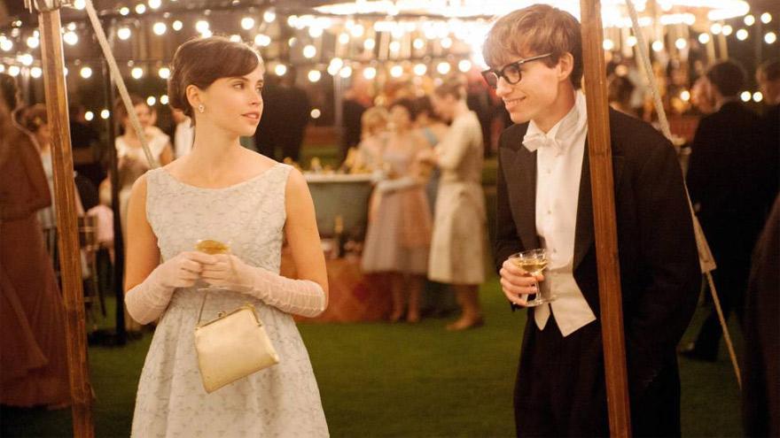 La película explora la juventud del físico Stephen Hawking.