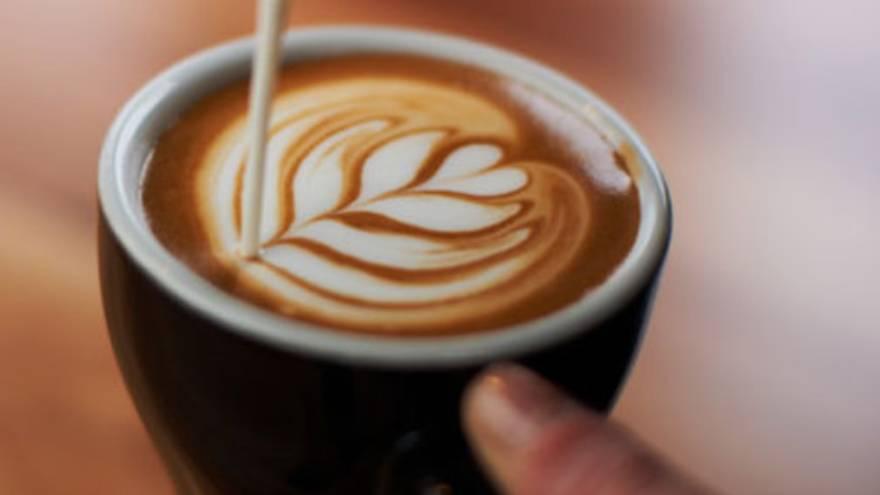 Además del café, es importante considerar qué otros ingredientes se le agregan