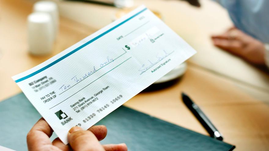 La pandemia precipitó el reemplazo del cheque físico por su equivalente digital