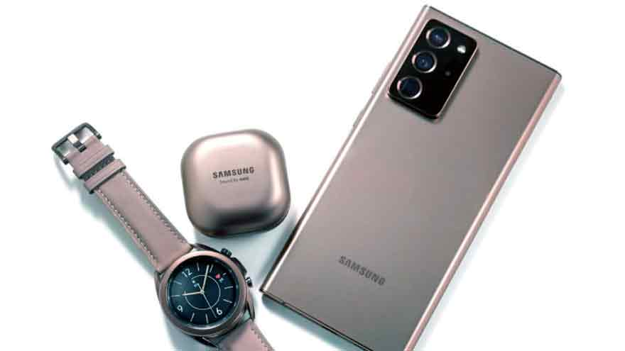En el evento se lanzó un nuevo reloj y auriculares de Samsung.