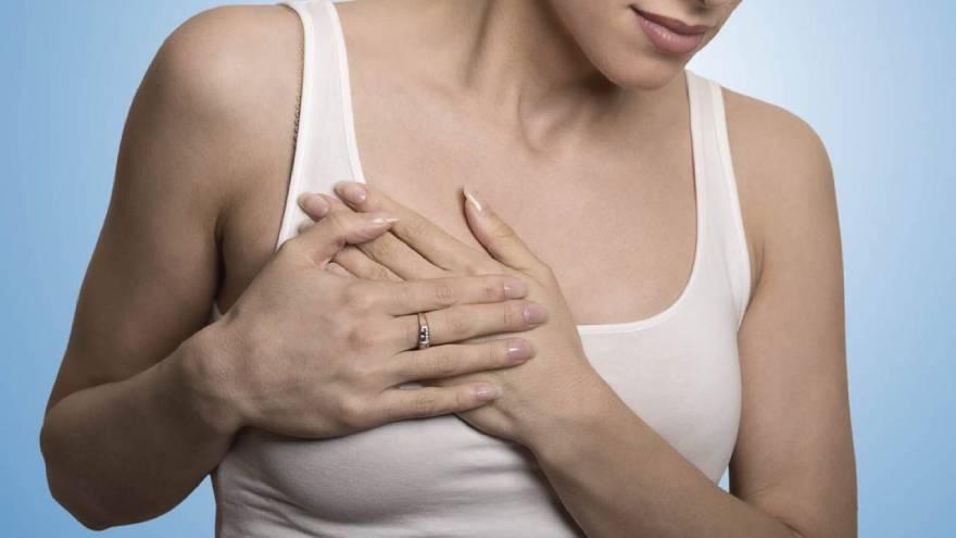 La mastitis es uno de los problemas que puede aparecer durante la lactancia