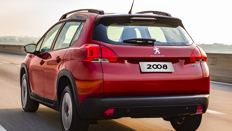 Los cambios del Peugeot 2008 también se notan de atrás.