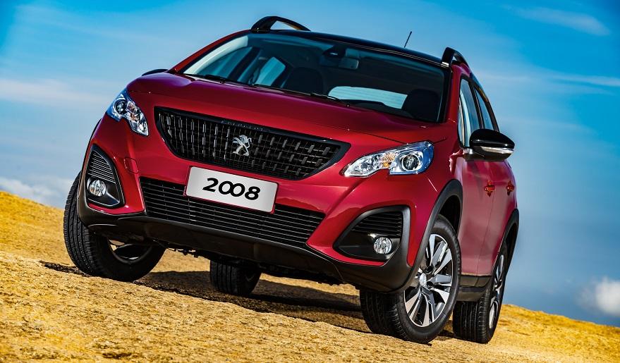 El grip control del Peugeot 2008 permite andar en diferentes caminos.