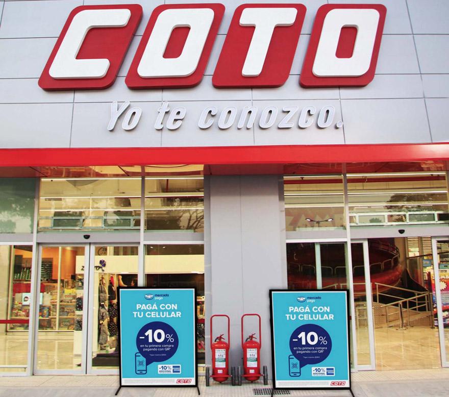 Ya se puede pagar con el celular y Mercado Pago en las sucursales de COTO.
