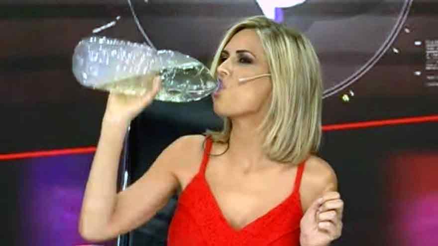 La periodista Viviana Canosa bebió dióxido de cloro en vivo y fue repudiada