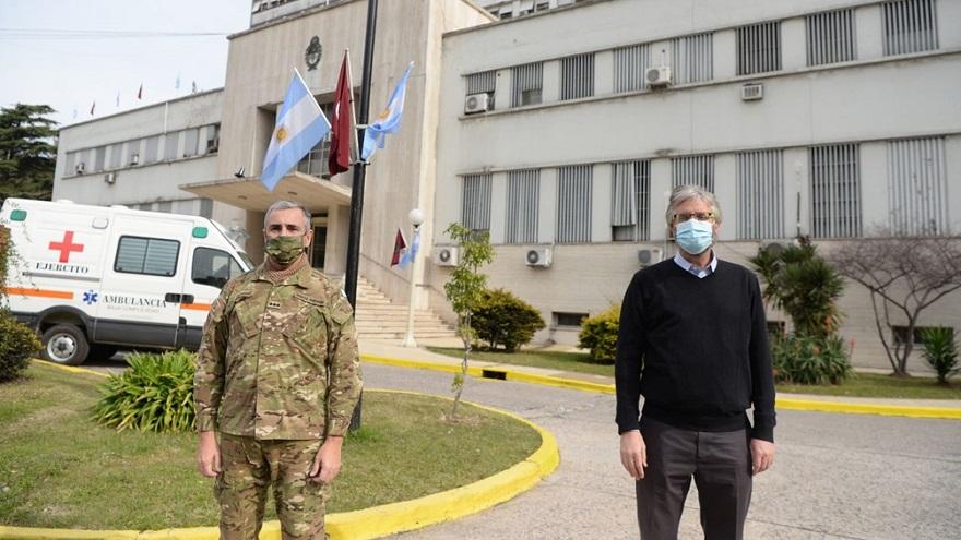 La vacuna de Pfizer sea aplica en Argentina, a modo de prueba, en el Hospital Militar.