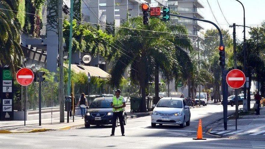Vicente López brindará ayudar a los comercios del municipio.