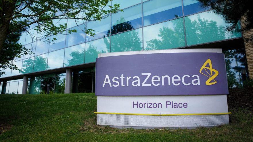 La farmacéutica AstraZeneca transferirá tecnología al laboratorio argentino Mabxience.