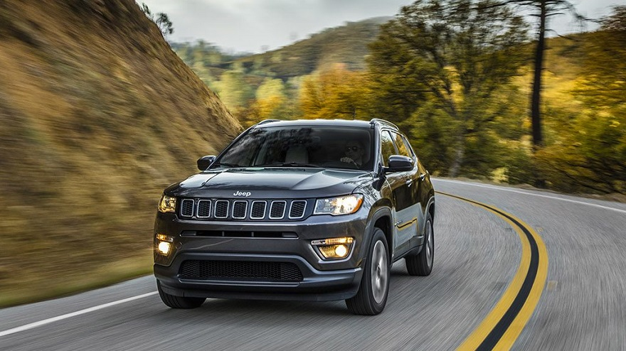 Jeep Compass, el único mediano en el top ten en ventas.