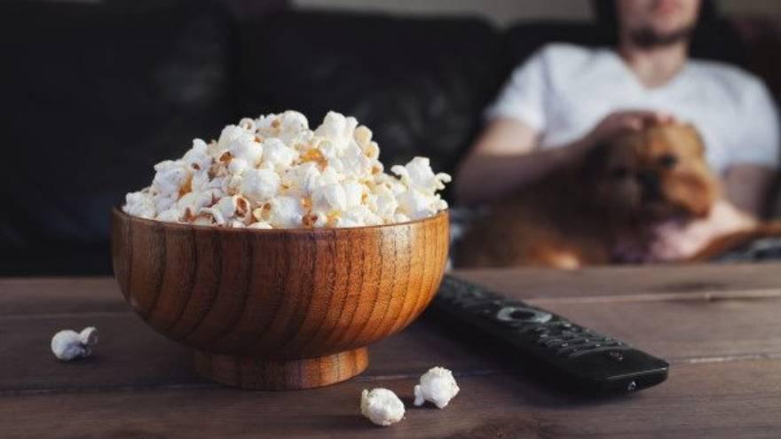 Encontrar películas en línea puede ser un plan perfecto para un sábado a la noche