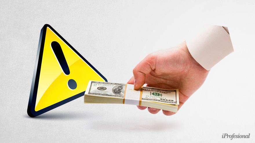 La preocupación en el Banco Central y en las consultoras es la misma: la salida de divisas resulta insostenible
