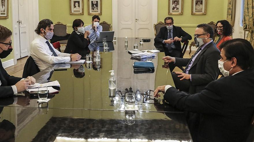 El gabinete económico analizó la continuidad de los programas ATP e IFE.
